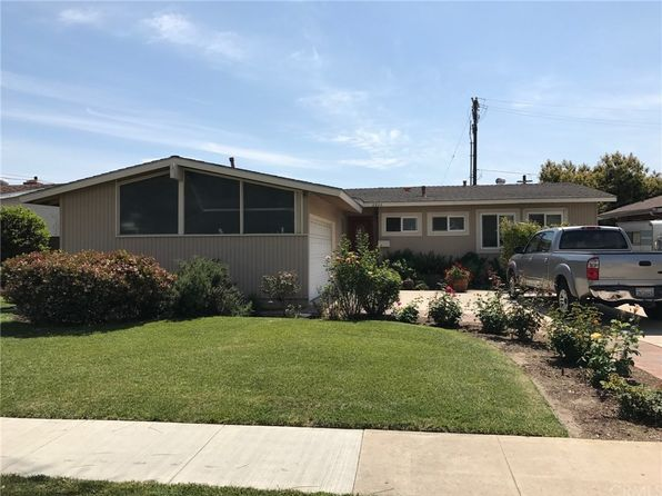 3 bed 2 bath Single Family at 2806 W Devoy Dr Anaheim, CA, 92804 is for sale at 525k - 1 of 4