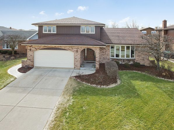 3 bed 3 bath Single Family at 13035 Finch Ct Lockport, IL, 60491 is for sale at 305k - 1 of 22