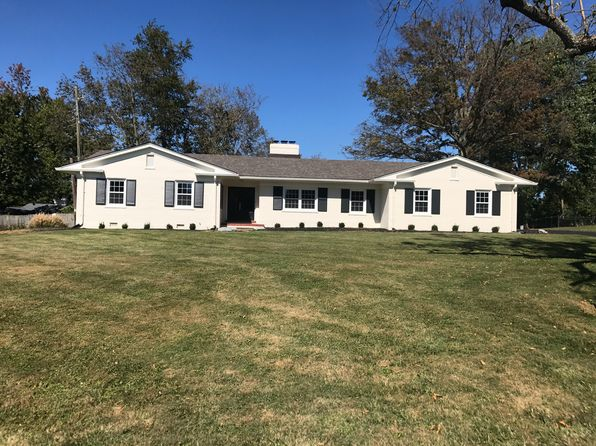 3 bed 2 bath Single Family at 15 Manor Dr Winchester, KY, 40391 is for sale at 299k - 1 of 28
