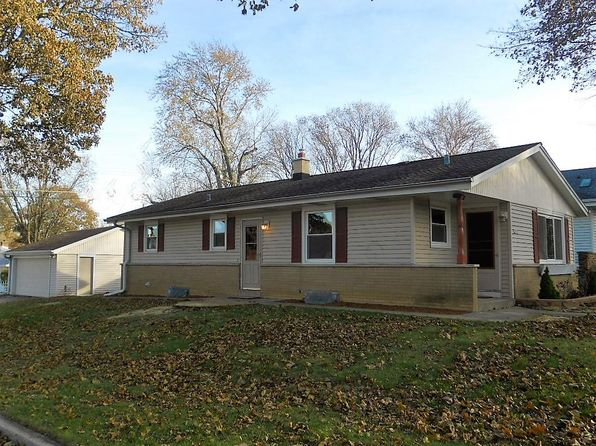 3 bed 1 bath Single Family at 2536 N 115th St Wauwatosa, WI, 53226 is for sale at 215k - 1 of 18