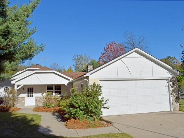 3 bed 2 bath Single Family at 1132 N Meadowbrook White Cloud, MI, 49349 is for sale at 180k - 1 of 40