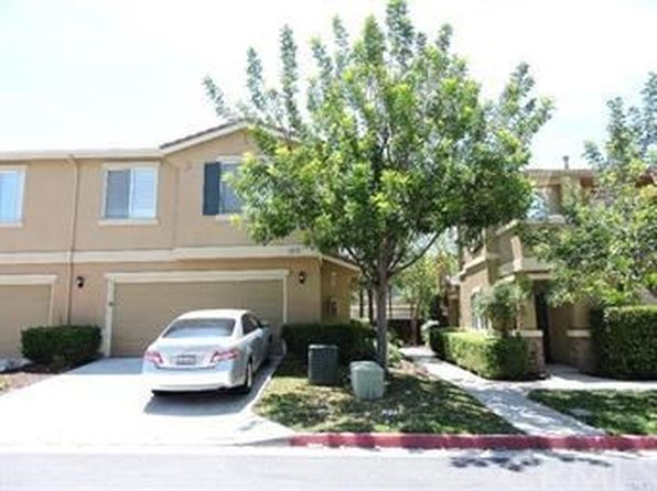 3 bed 3 bath Townhouse at 33448 Winston Way Temecula, CA, 92592 is for sale at 350k - 1 of 16