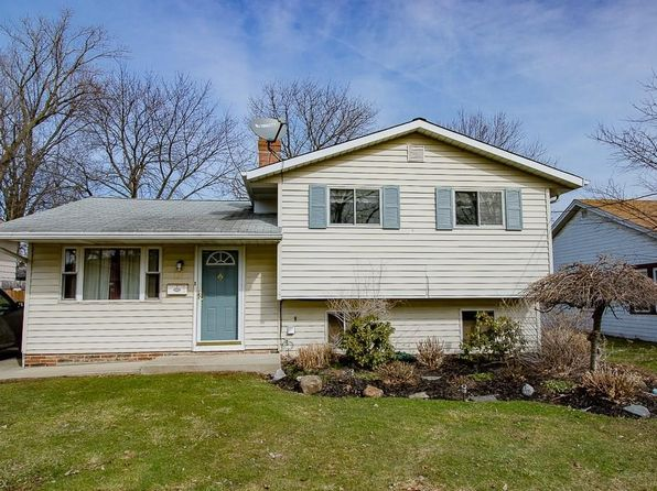 3 bed 2 bath Single Family at 221 Parkway Dr Eastlake, OH, 44095 is for sale at 125k - 1 of 17
