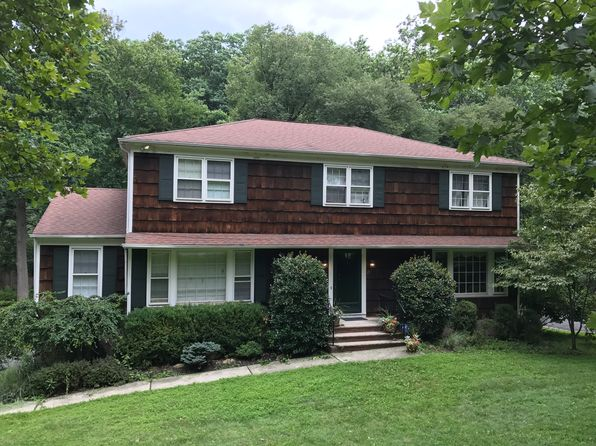 5 bed 4 bath Single Family at 25 Knollwood Dr Morristown, NJ, 07960 is for sale at 650k - 1 of 7
