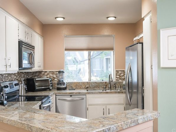 2 bed 1 bath Condo at 25343 Pine Creek Ln Wilmington, CA, 90744 is for sale at 350k - 1 of 25