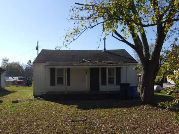 2 bed 1 bath Single Family at 1411 12th St Athens, AL, 35611 is for sale at 20k - 1 of 12