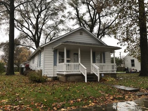3 bed 1 bath Single Family at 530 Maple St Monticello, IN, 47960 is for sale at 80k - 1 of 12