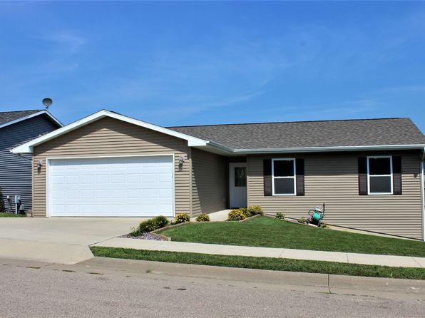 3 bed 2 bath Single Family at 2107 Golden Eagle Dr Dubuque, IA, 52001 is for sale at 180k - 1 of 18