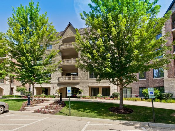 3 bed 3 bath Condo at 1800 Amberley Ct Lake Forest, IL, 60045 is for sale at 799k - 1 of 38