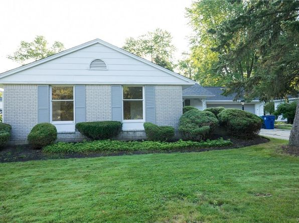 3 bed 2 bath Single Family at 27 Exeter Rd Williamsville, NY, 14221 is for sale at 200k - 1 of 22