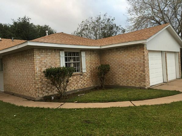 3 bed 2 bath Single Family at 12718 Roandale Dr Houston, TX, 77048 is for sale at 125k - 1 of 26