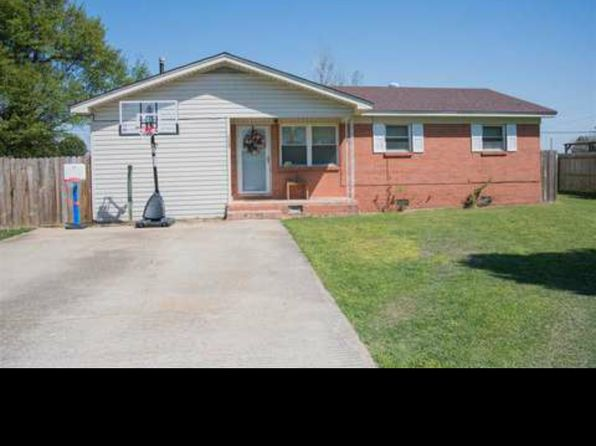 3 bed 1 bath Single Family at 1106 EASTWOOD ST LEACHVILLE, AR, 72438 is for sale at 75k - 1 of 9