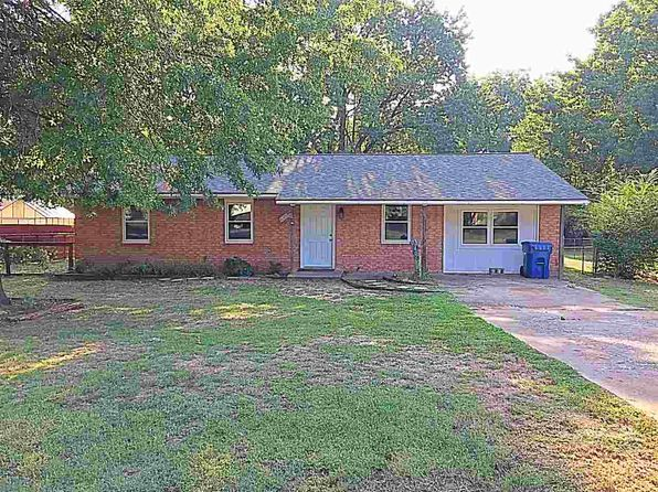 3 bed 2 bath Single Family at 407 SE 2nd St Perkins, OK, 74059 is for sale at 110k - 1 of 21