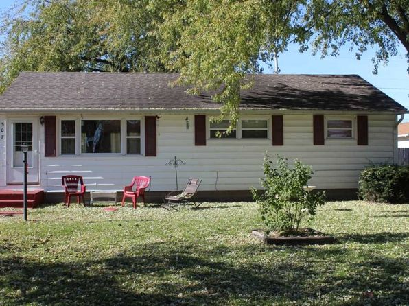 3 bed 1 bath Single Family at 507 Greenway Ave Colona, IL, 61241 is for sale at 76k - 1 of 12