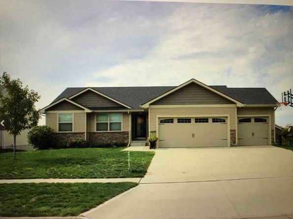3 bed 2 bath Single Family at 1670 SE WATERS EDGE DR WAUKEE, IA, 50263 is for sale at 300k - google static map
