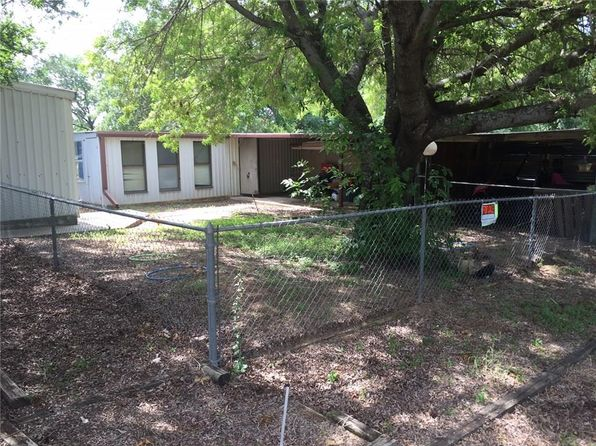 2 bed 1 bath Single Family at 32 Port Royal Rd Comanche, TX, 76442 is for sale at 40k - 1 of 18