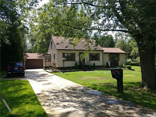 3 bed 1 bath Single Family at 5 Anderson Pl Depew, NY, 14043 is for sale at 164k - 1 of 6