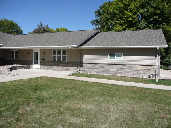 2 bed 1 bath Condo at 606 3rd Ave Alton, IA, 51003 is for sale at 133k - 1 of 15