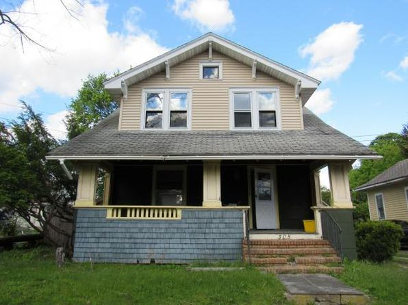 3 bed 1 bath Single Family at 305 Roosevelt Ave Endicott, NY, 13760 is for sale at 20k - 1 of 19