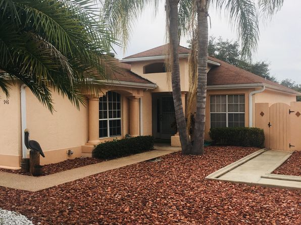 2 bed 2 bath Single Family at 946 Medira Dr Lady Lake, FL, 32159 is for sale at 349k - 1 of 11