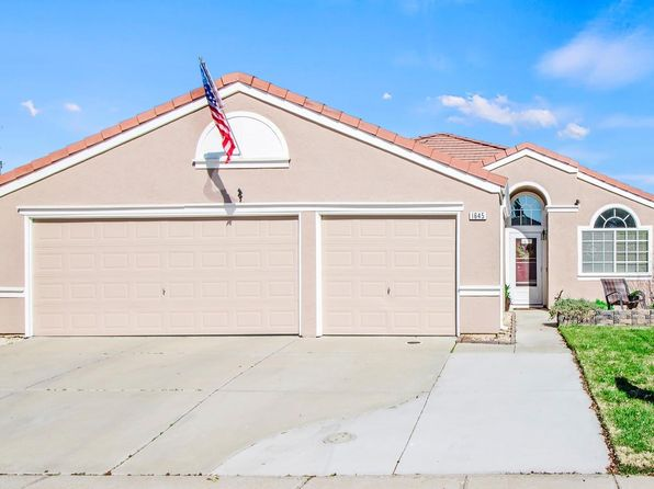 4 bed 2 bath Single Family at 1645 LAVELLE SMITH DR TRACY, CA, 95376 is for sale at 466k - 1 of 28