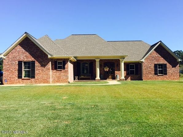 4 bed 2.5 bath Single Family at 7940 Country Place Dr Meridian, MS, 39305 is for sale at 305k - 1 of 25