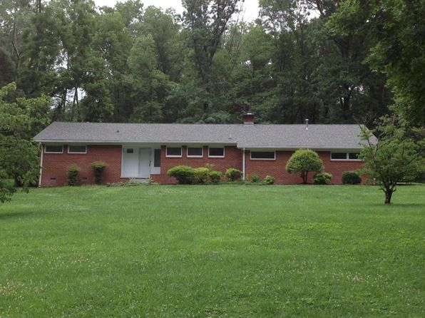3 bed 2 bath Single Family at 3525 Circle Lake Ln Knoxville, TN, 37920 is for sale at 220k - google static map
