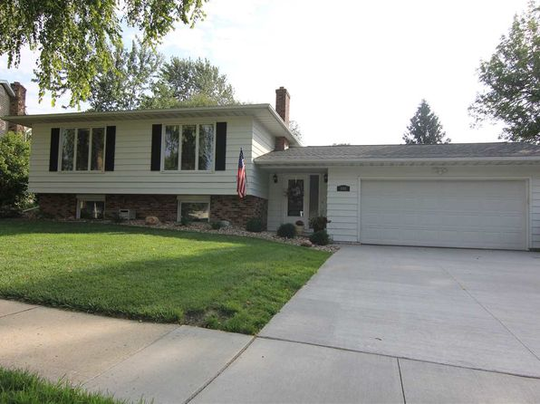 4 bed 2 bath Single Family at 1440 Laurel Cir Cedar Falls, IA, 50613 is for sale at 233k - 1 of 15