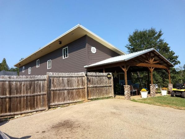 3 bed 3 bath Single Family at 103 Lake Forrest Cv Saltillo, MS, 38866 is for sale at 190k - 1 of 3