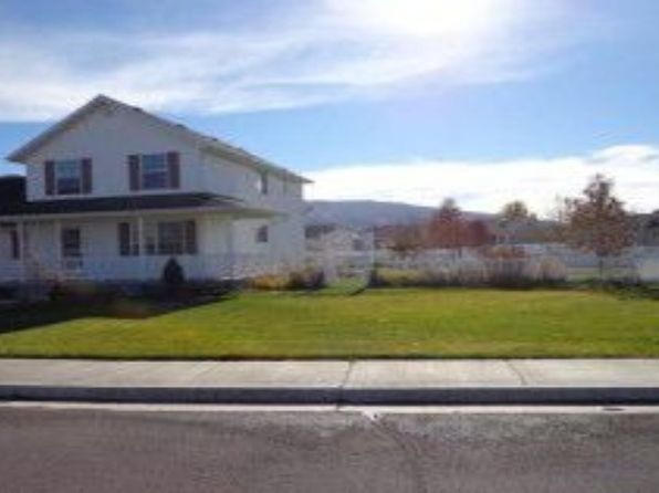 5 bed 4 bath Single Family at 2114 E Winter Way Eagle Mountain, UT, 84005 is for sale at 265k - 1 of 22