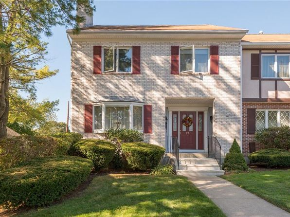 3 bed 3 bath Condo at 2970 Mendon Rd Cumberland, RI, 02864 is for sale at 270k - 1 of 30