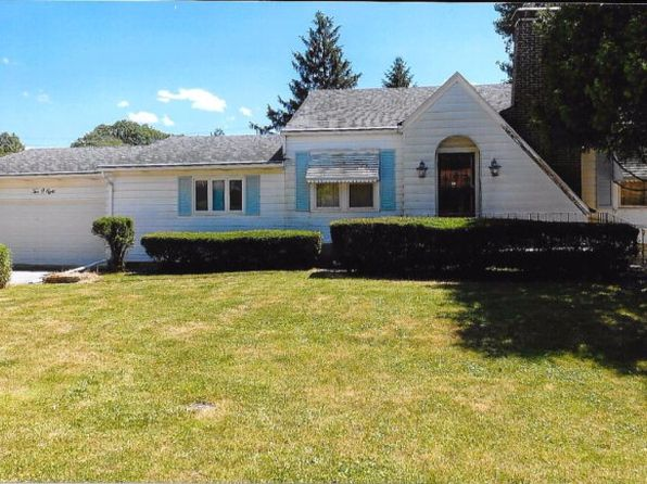 2 bed 2 bath Single Family at 208 Dodge Ave Danville, IL, 61832 is for sale at 83k - 1 of 6
