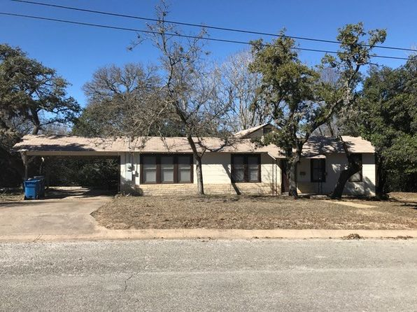 2 bed 1 bath Single Family at 420 Everett St Kerrville, TX, 78028 is for sale at 150k - 1 of 17