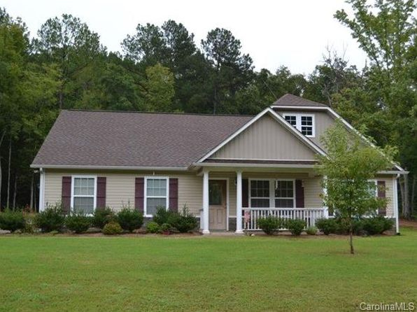 3 bed 2 bath Single Family at 204 Sherham Way Rock Hill, SC, 29732 is for sale at 210k - 1 of 12