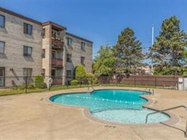 2 bed 1 bath Condo at 29 MCCOBA ST REVERE, MA, 02151 is for sale at 255k - 1 of 19