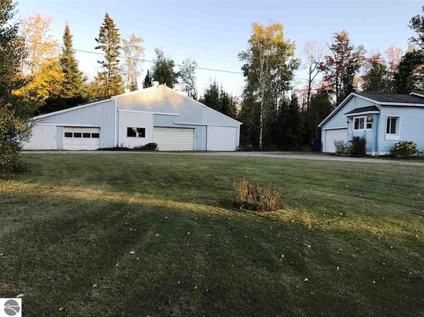 3 bed 2 bath Single Family at 12270 Grand Kal Rd SW Fife Lake, MI, 49633 is for sale at 90k - 1 of 40