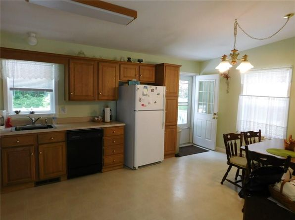 2 bed 2 bath Single Family at 5 High Ridge Cir Uncasville, CT, 06382 is for sale at 89k - 1 of 31