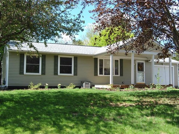 3 bed 1 bath Single Family at 9 Heritage Cir Farmington, NY, 14425 is for sale at 128k - 1 of 25