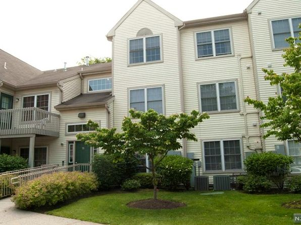 2 bed 2 bath Condo at 15 Evergreen Dr Clifton, NJ, 07014 is for sale at 279k - 1 of 11