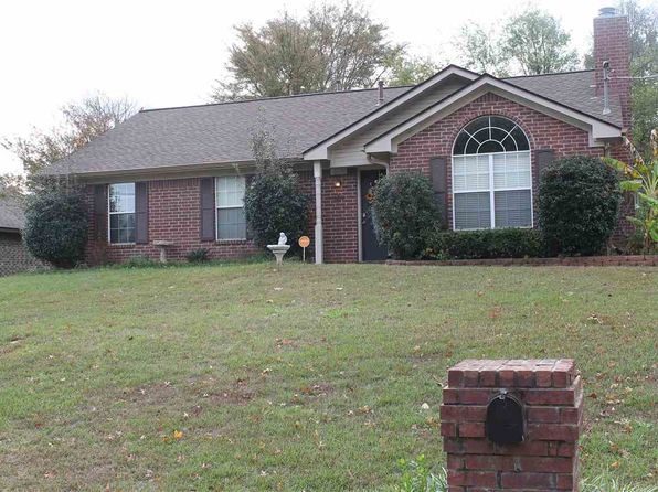 3 bed 2 bath Single Family at 1210 Regina St Longview, TX, 75605 is for sale at 155k - 1 of 12