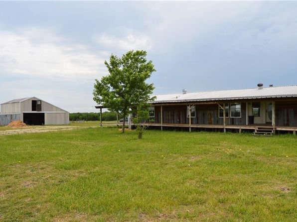 3 bed 2 bath Mobile / Manufactured at 2048 County Road 1073 Greenville, TX, 75401 is for sale at 135k - 1 of 34