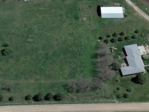 3 bed 3 bath Single Family at 2104 N R Rd Marquette, NE, 68854 is for sale at 250k - 1 of 26