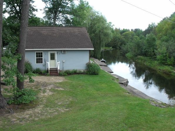 2 bed 1 bath Single Family at N7133 Forest Lake Rd Au Train, MI, 49806 is for sale at 99k - 1 of 9