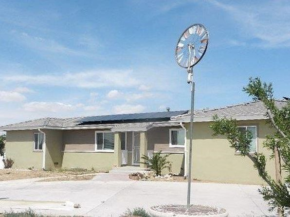 4 bed 3 bath Single Family at 14806 Chamber Ln Apple Valley, CA, 92307 is for sale at 370k - 1 of 36