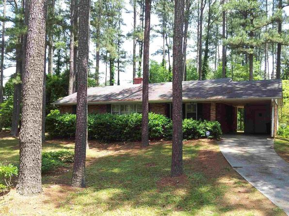 3 bed 2 bath Single Family at 2408 Peeler Rd Dunwoody, GA, 30338 is for sale at 300k - 1 of 8