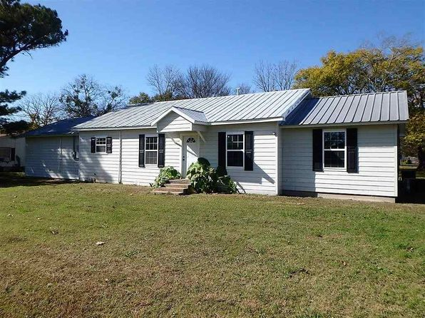 3 bed 2 bath Single Family at 200 S Narcissus Kosse, TX, 76653 is for sale at 88k - 1 of 14
