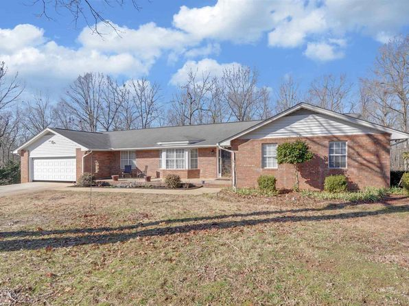 3 bed 3 bath Single Family at 385 HILLANDALE DR HARTWELL, GA, 30643 is for sale at 290k - 1 of 29