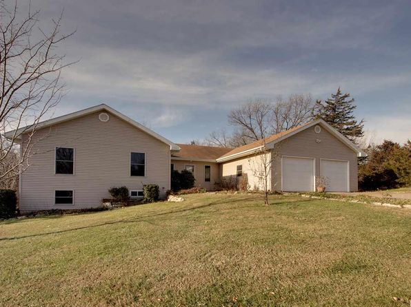 4 bed 3 bath Single Family at 2501 CEDAR VIEW DR FOWLER, IL, 62338 is for sale at 289k - 1 of 34