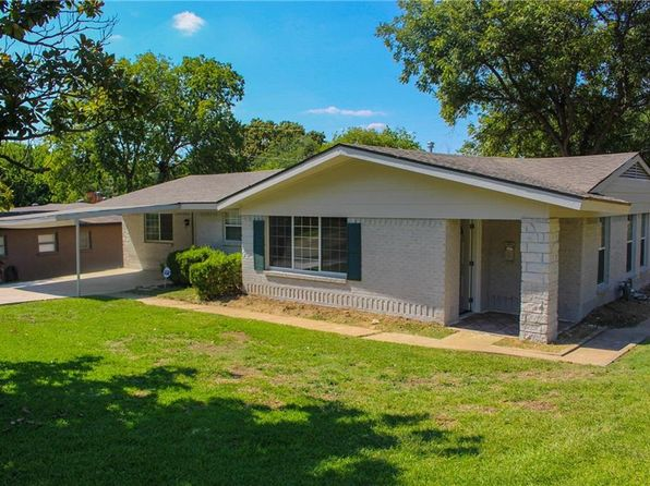 3 bed 2 bath Single Family at 810 La Roche St Grand Prairie, TX, 75050 is for sale at 175k - 1 of 16