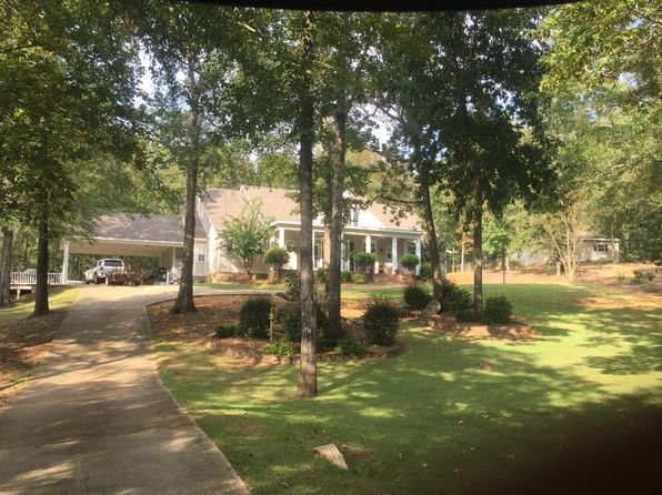 4 bed 3 bath Single Family at 1055 Choctaw Rdg Prattville, AL, 36067 is for sale at 405k - 1 of 27
